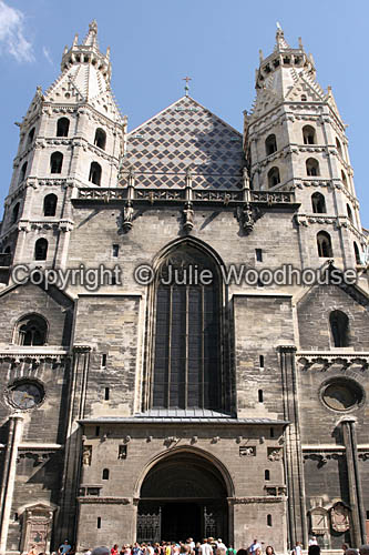 photo showing Stephansdom, Vienna