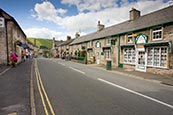 Thumbnail image of Castleton village, Derbyshire