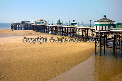 photo showing Blackpool North Pier