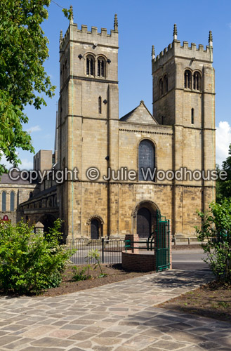 photo showing Priory Church, Worksop, Nottinghamshire, England