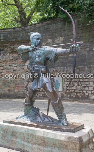 photo showing Robin Hood Statue By Nottingham Castle, Nottingham, Nottinghamshire, England