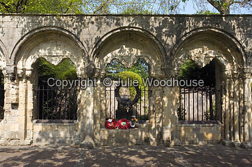 photo showing War Memorial, York Minster Garden, York
