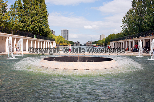 photo showing Bassin De La Villette  Paris