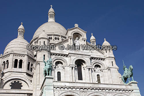 photo showing Sacre Coeur, Paris