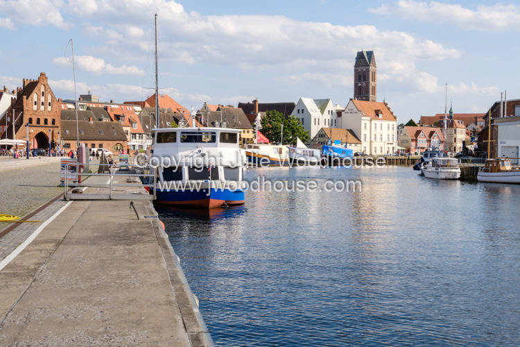 photo showing Harbour Alter Hafen With The Wassertor Gate In The Background, Wismar, Mecklenburg-Vorpommern, Germa