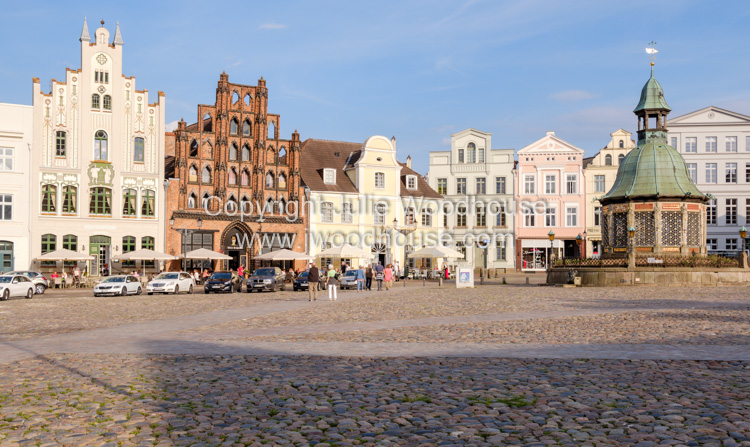 photo showing Market Square, Am Markt With The Wasserkunst Fountain And Alter Schwede Restaurant And Hotel, Wismar