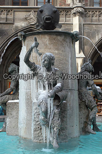 photo showing Fischbrunnen, Marienplatz, Munich, Germany