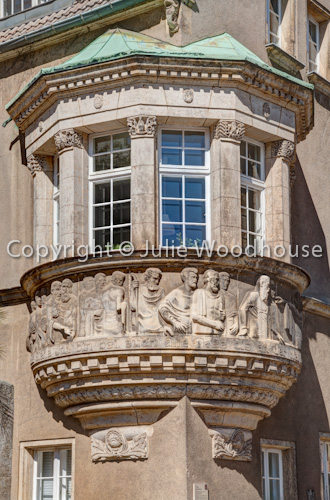 photo showing An Der Frauenkirche, Window Detail, Altstadt, Meissen, Saxony, Germany