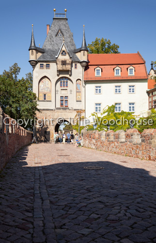 photo showing Gate To The Albrechtsburg From Schlossbruecke, Altstadt, Meissen, Saxony, Germany