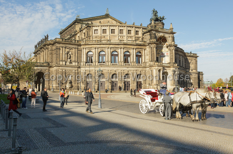 photo showing Semperoper, Dresden, Saxony, Germany