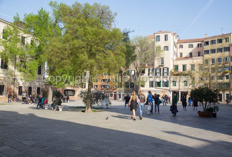 photo showing Campo Di Ghetto Nuovo, Cannaregio, Venice, Veneto, Italy