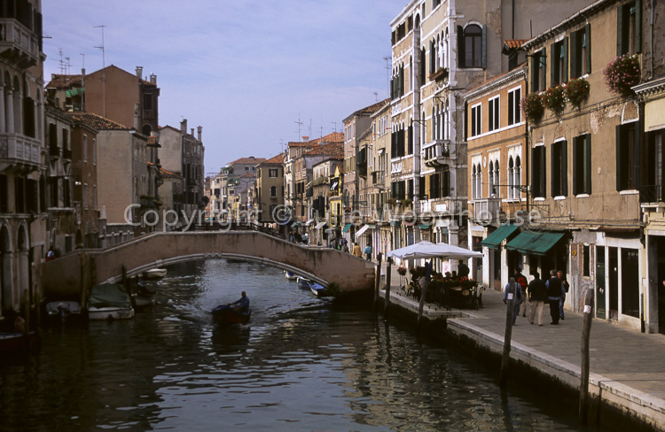 photo showing Fondamenta Degli Ormesini, Venice, Italy