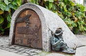 Thumbnail image of The gnomes of Wroclaw, Spioch - Sleepyhead, Poland
