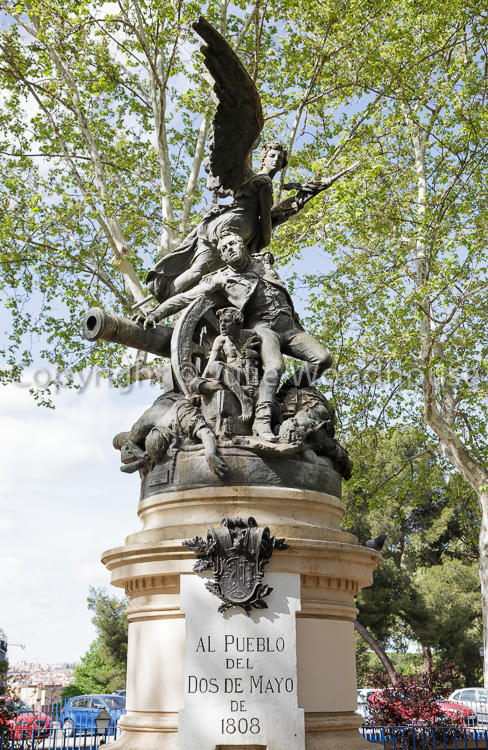 photo showing Monumento Al Pueblo Del Dos De Mayo – Praque De La Montagna Monument Commemorating The 2nd May 1808,